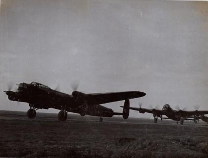 57 Sqn Lancs April 1943